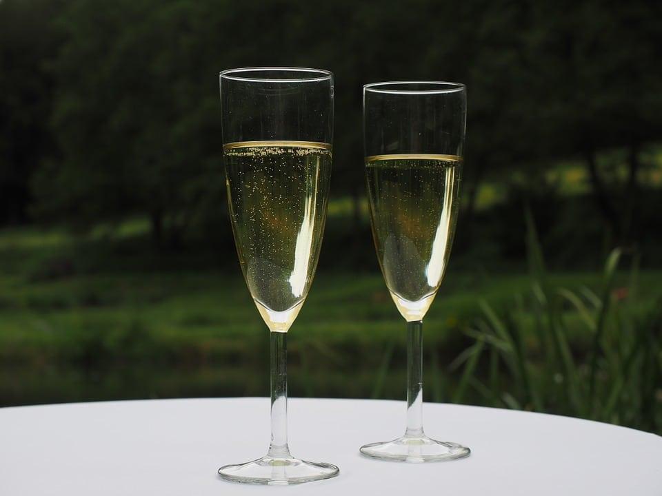 champagne-590767_960_720